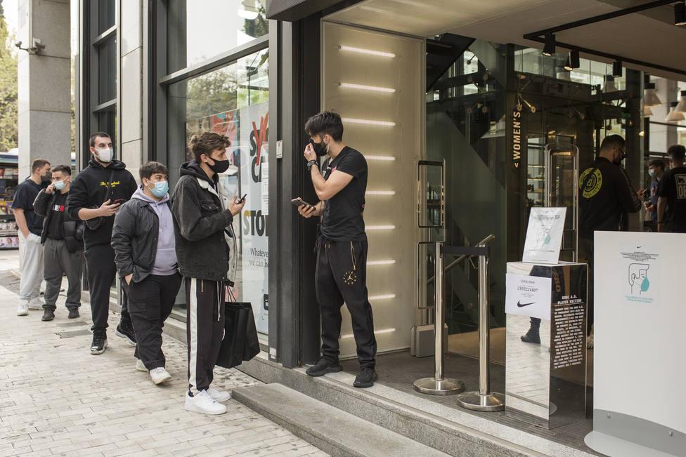Grecia reabre los comercios tras varias semanas de cierre con estrictas medidas de seguridad