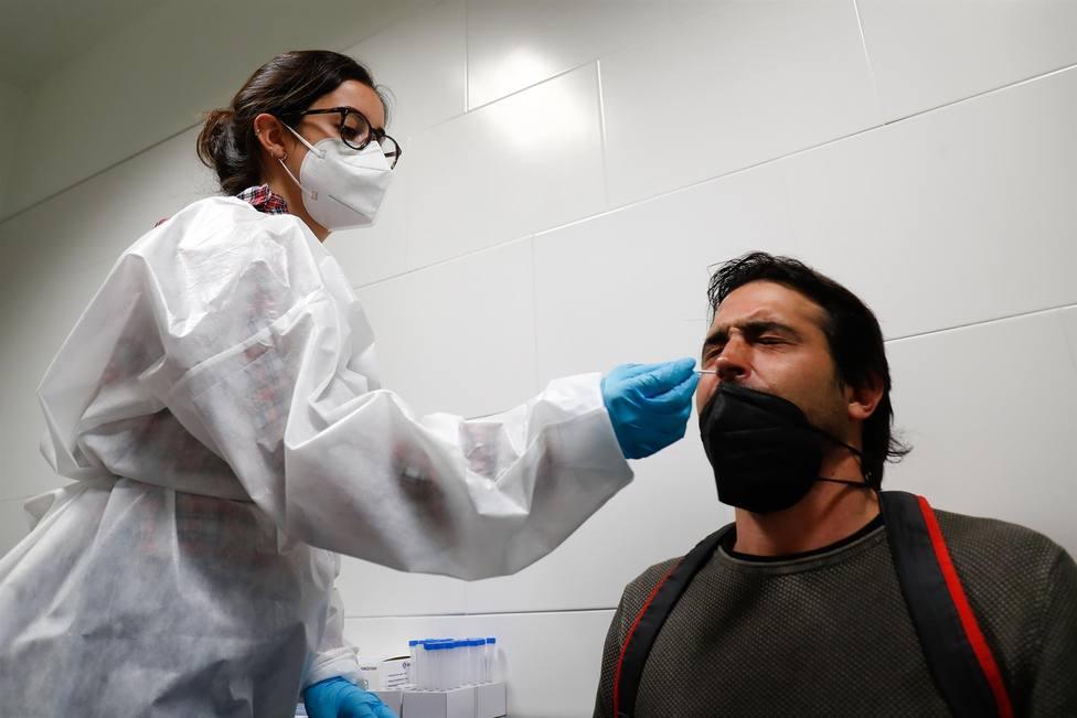 CORONAVIRUS | Andalucía suma 1.767 casos, 38 muertes y la incidencia sube hasta 163