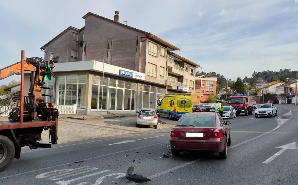 La colisión se produjo de manera frontolateral entre los dos vehículos - FOTO: GES Mugardos