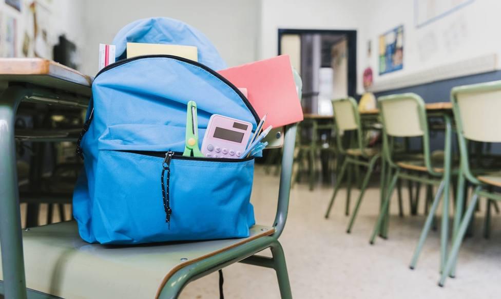Linares continúa con el plan de desinfección de los centros educativos de la ciudad