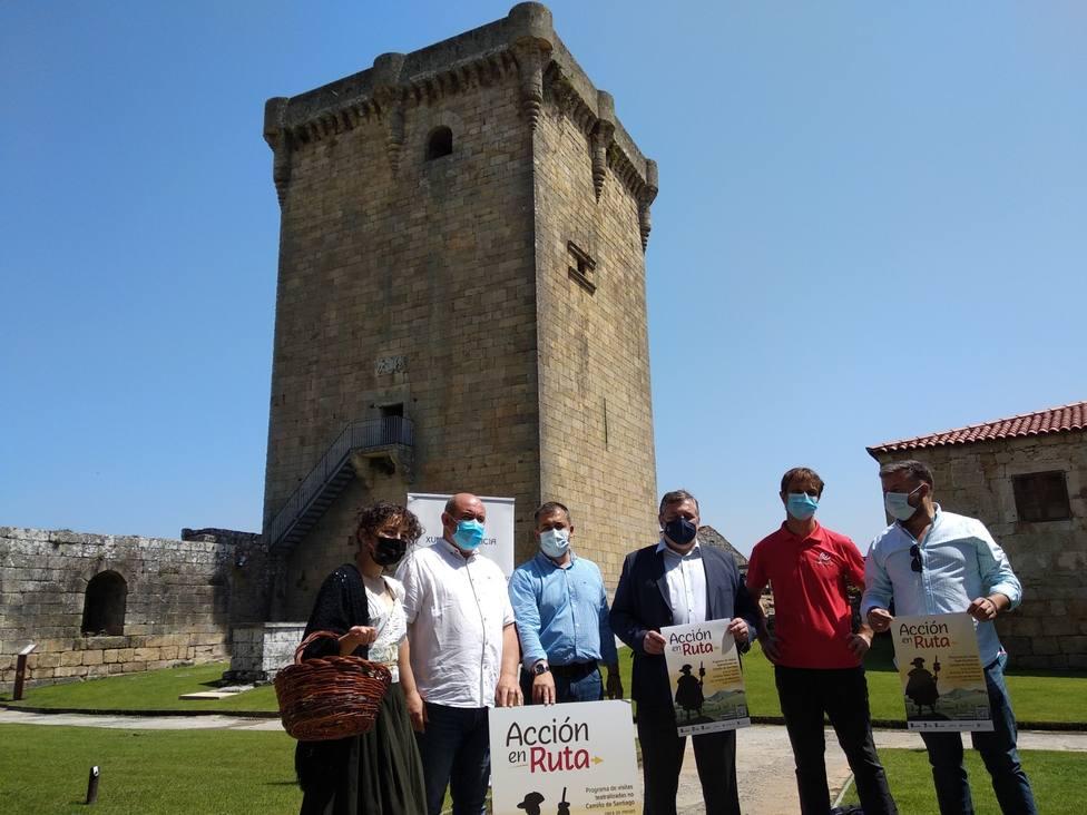 Los alcaldes de Cualedro, Laza y Monterrei durante la presentación del programa O teu Xacobeo