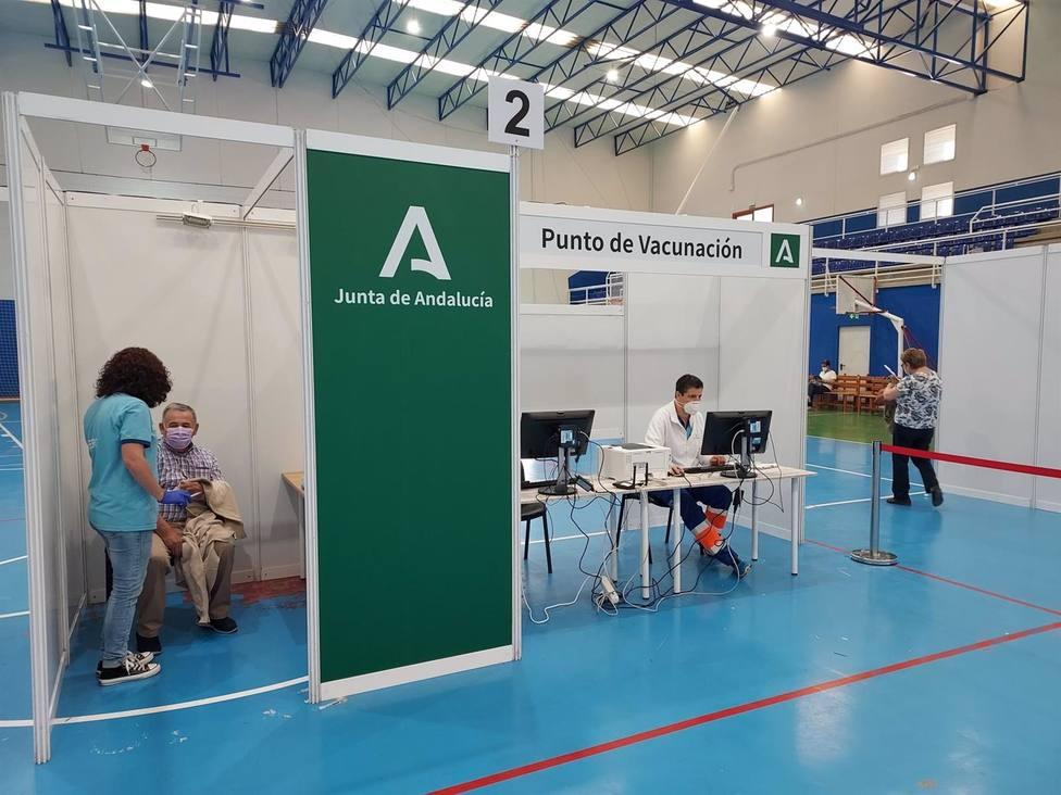 Cádiz.-Coronavirus.- El SAS organiza nuevas jornadas de vacunación sin cita en 12 municipios de la provincia