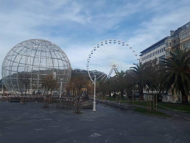 San Sebastián estrena una noria de 50 metros