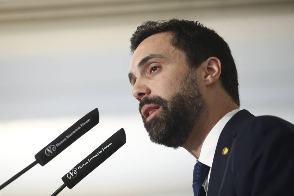 Torrent acusa al Tribunal Constitucional de amenazar gravemente la autonomía del Parlament