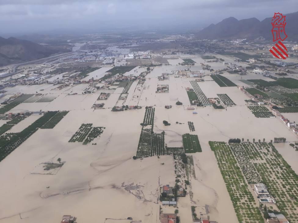 Fallece un vecino de Redován (Alicante) al ser arrastrado por las aguas