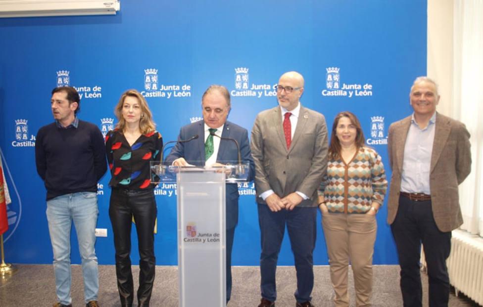 La Junta programa 27 actuaciones escénicas y 5 exposiciones 'Alacarta' en el primer semestre de 2020