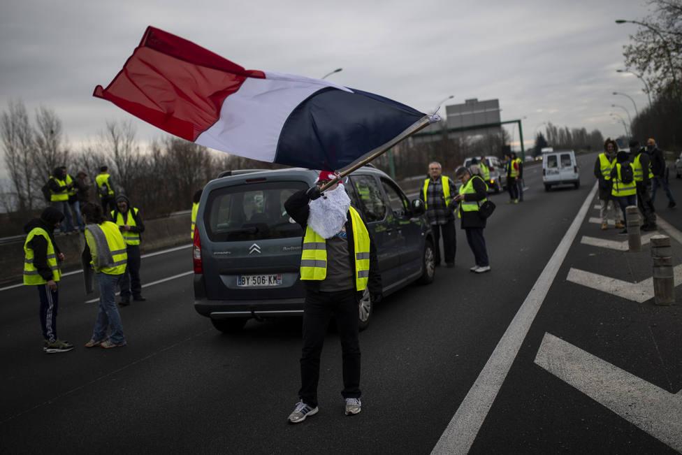 Francia estima la pérdida de hasta un 6% del PIB anual si la cuarentena dura dos meses
