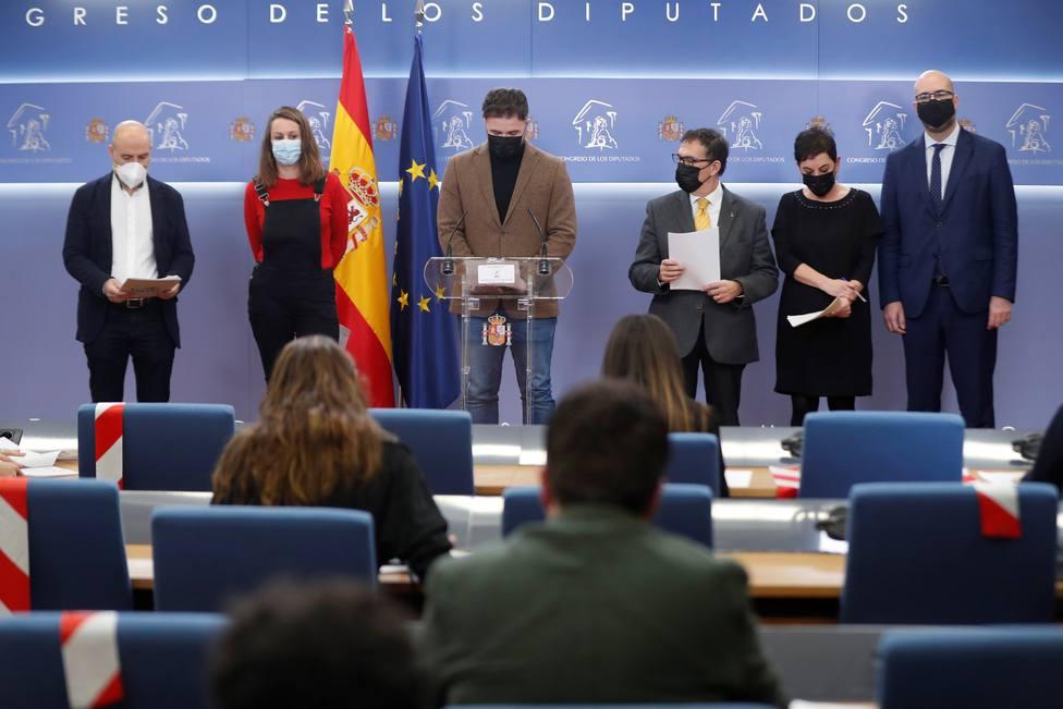 Los portavoces independentistas se niegan a responder a la prensa del Congreso en castellano