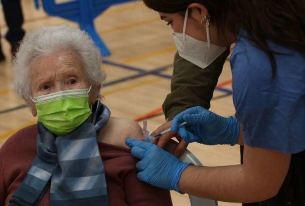 Sanidad no retrsará la segundas dosis de las vacunas