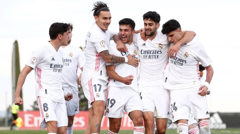 Los jugadores del Castilla, celebrando un gol
