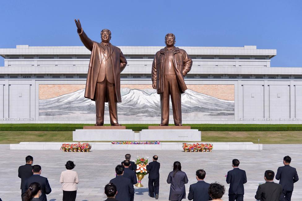 Estados Unidos baraja la posibilidad de enviar vacunas a Corea del Norte, según CNN
