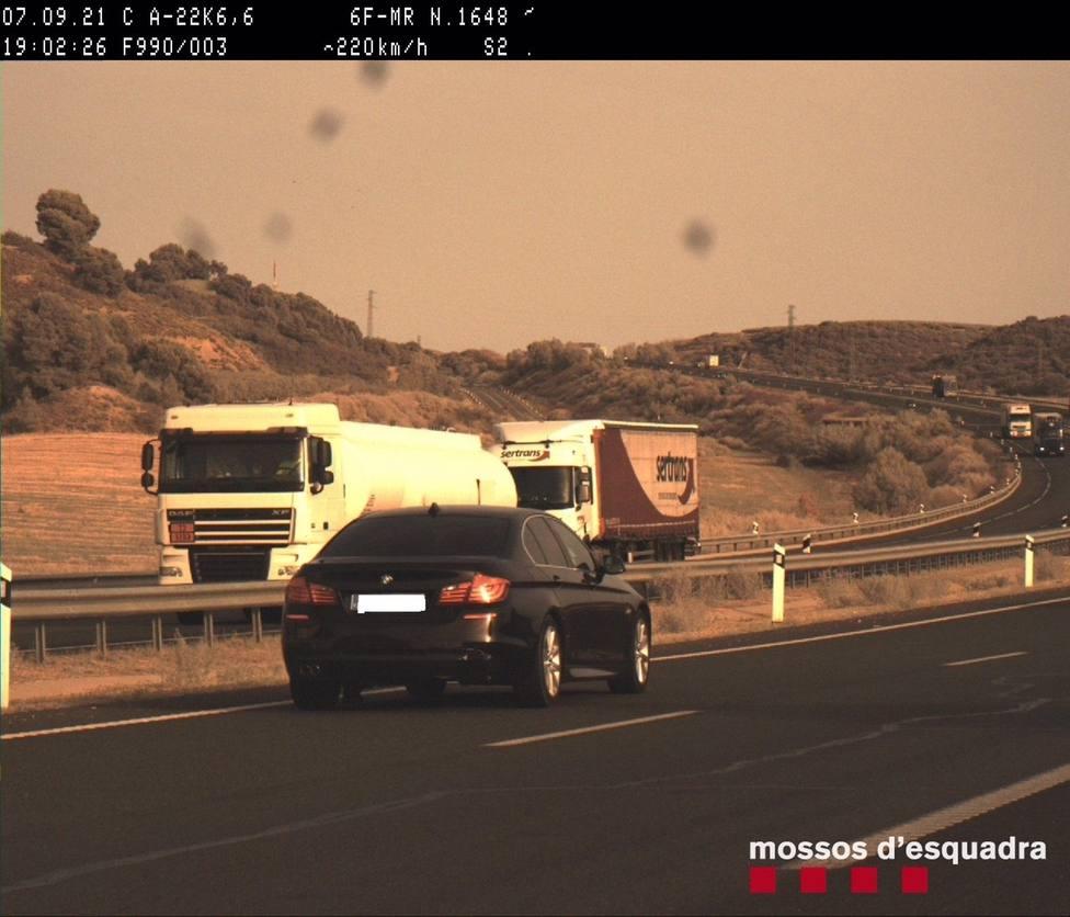 Denunciado un conductor por ir a 220 kilómetros por hora por la A-22 en Lleida
