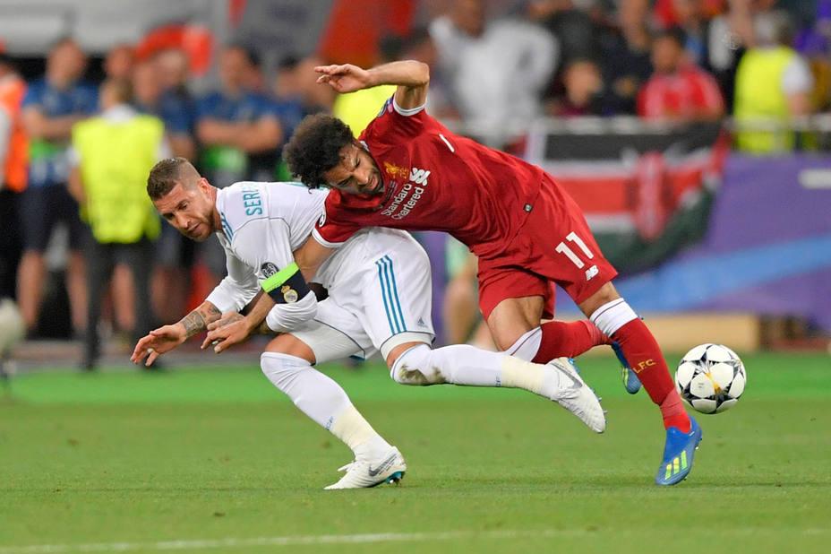 Sergio Ramos y Mohamed Salah, durante la final de la Liga de Campeones. Cordon Press