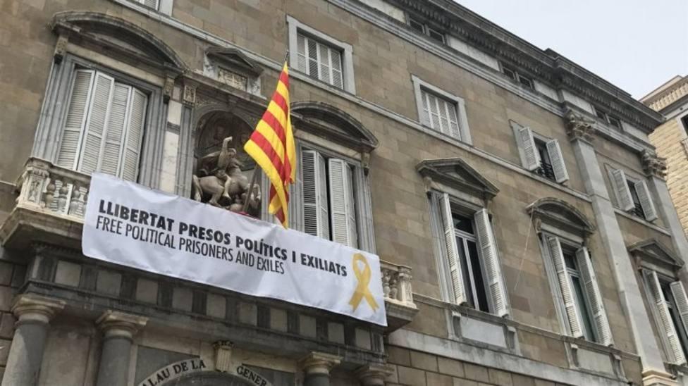 Mossos por la Constitución denuncian la actitud del cuerpo impidiendo la retirada de lazos