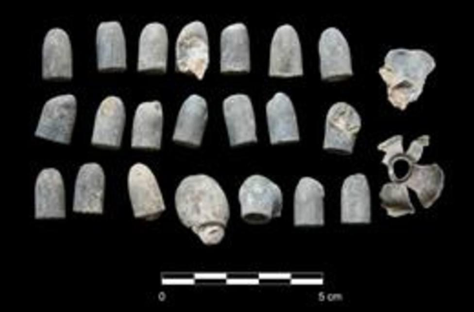 Balas encontradas en el dolmen de Menga