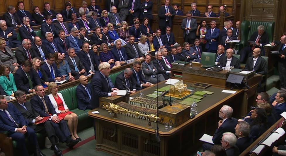 La Cámara de los Comunes convoca la sesión del sábado para votar el acuerdo del Brexit