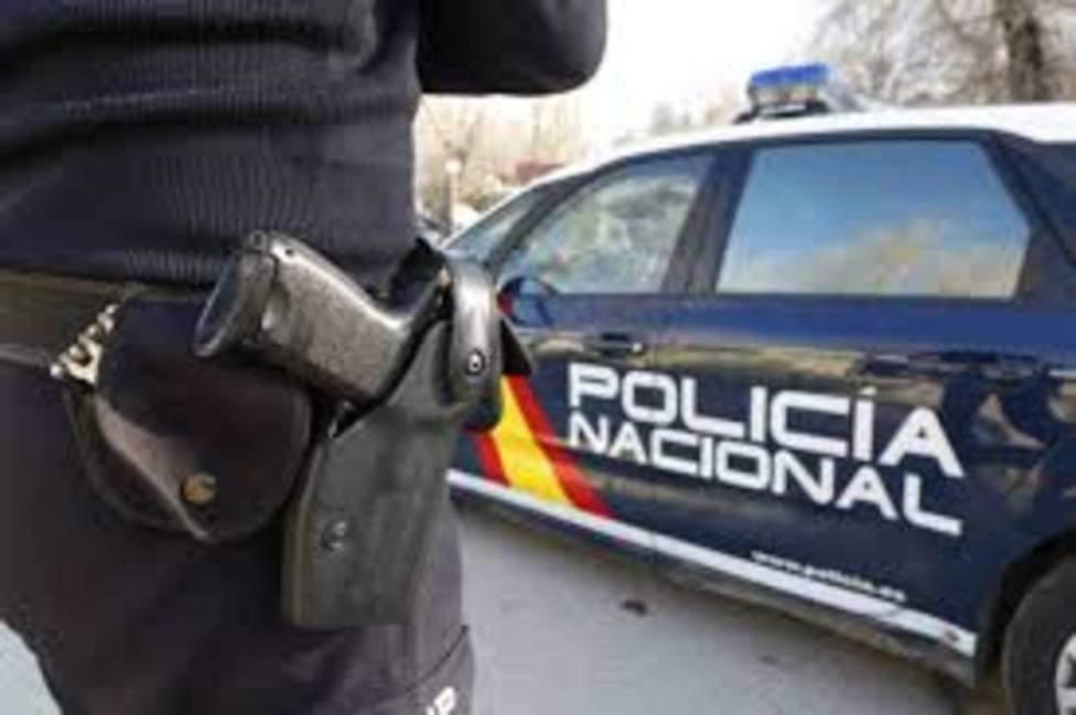 Foto Policía Nacional (Detienen a un hombre por agresión a un perro y un agente)