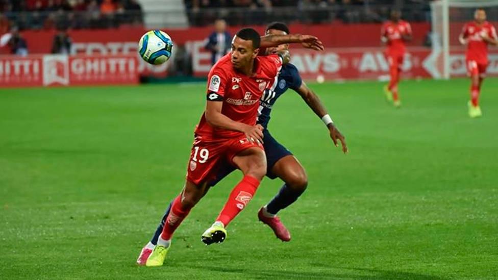 Imagen del partido entre Dijon y PSG de la Ligue 1 (@DFCO_Officiel)