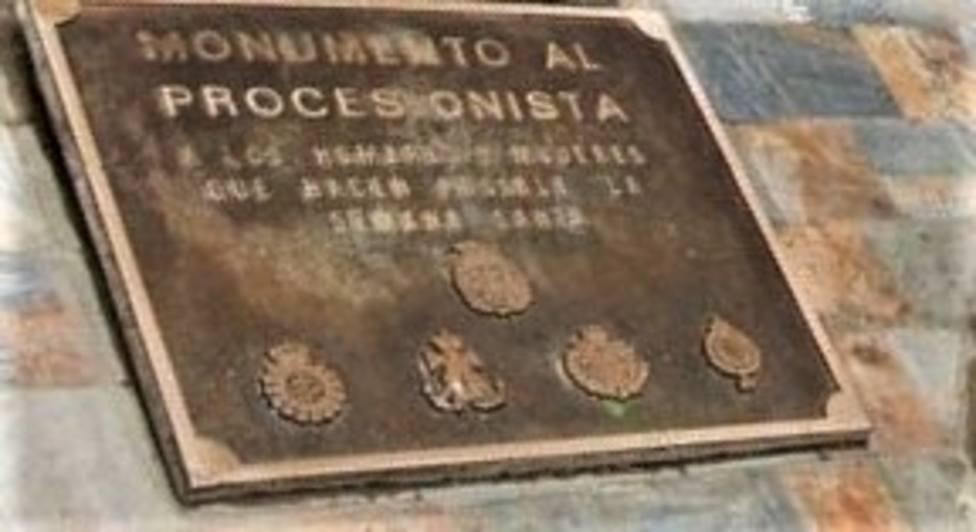 Policía Nacional recupera la placa del monumento al procesionista robada en Cartagena