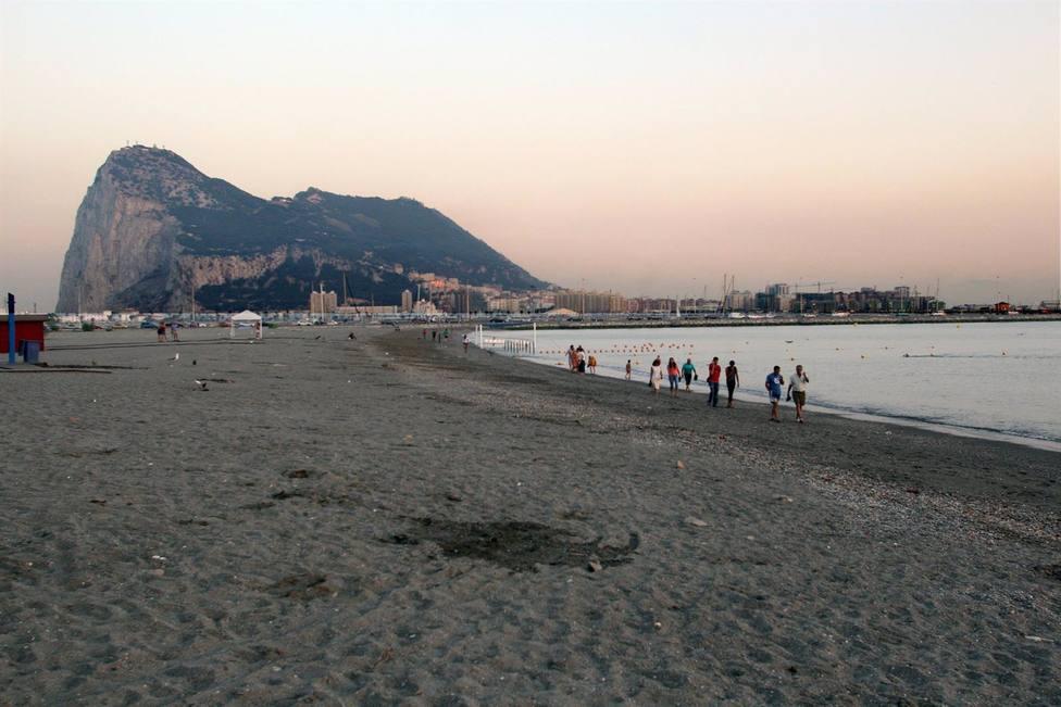 El Gobierno protestó formalmente a Reino Unido por unas maniobras militares en aguas junto a Gibraltar