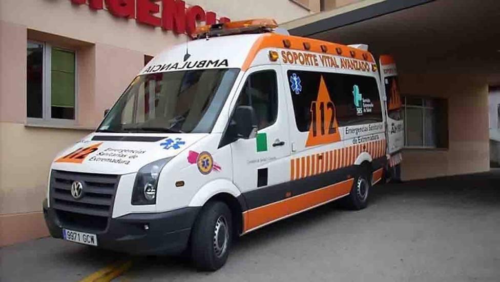 Ambulancia en puerta de urgencias. Foto: EuropaPress