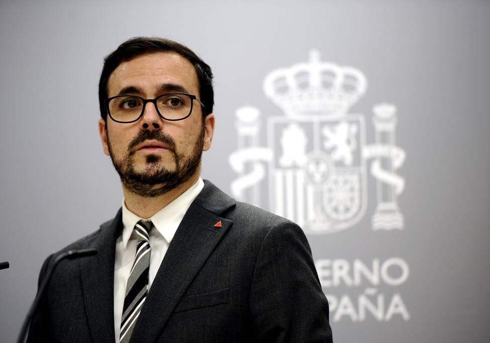 Garzón, sobre las mascarillas: Seguiremos bajando el precio en la medida en que podamos