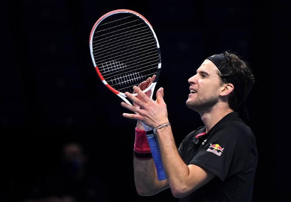 Thiem desencadena un terremoto para sobrevivir a Djokovic y meterse en la final