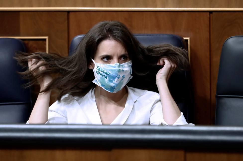España suma 408.707 mujeres paradas más en un año