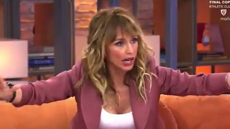 Emma García interrumpe la emisión de Viva la Vida y amenaza a los colaboradores: Os largáis