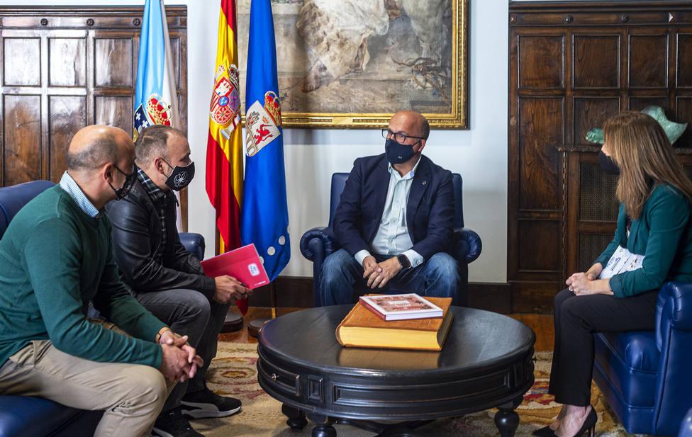 Diputación de Ourense y Asociación de Pulpeiros do Carballiño