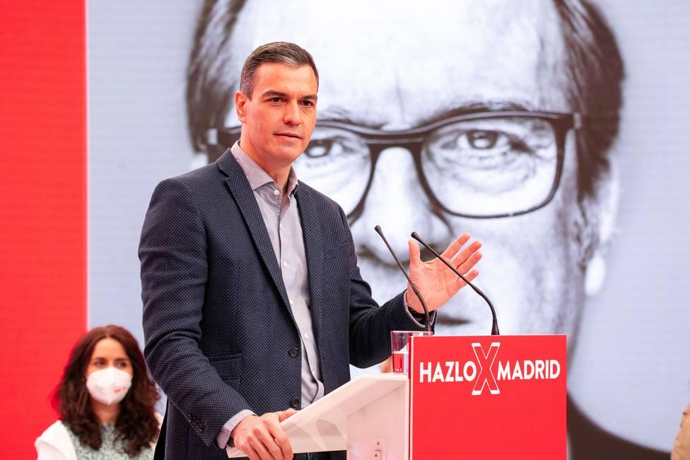 Sánchez confía a Ferraz salvar los muebles el 4-M