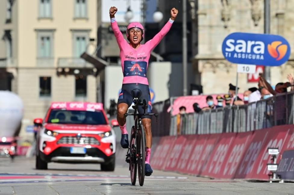 Egan Bernal conquista su primer Giro
