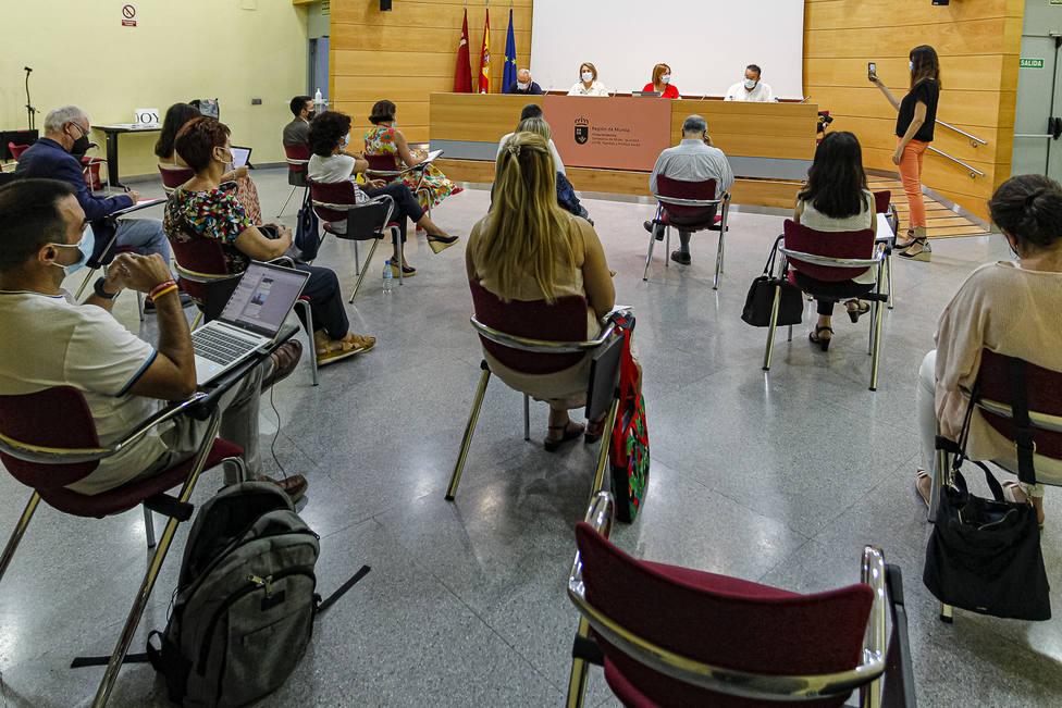 CONSTITUCION COMISION RECTORA CONTRA LA POBREZA
