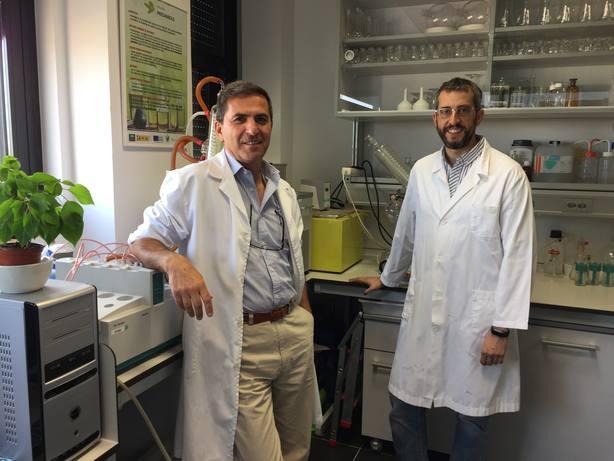 De izquierda a derecha_José María Castellanos y Javier Sánchez Perona investigad