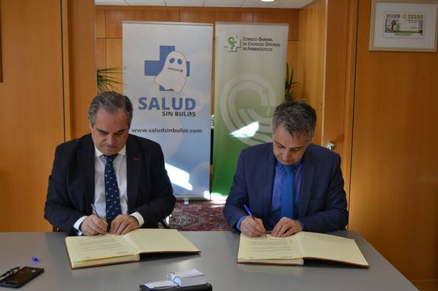 Los Farmacéuticos y #SaludsinBulos colaborarán para frenar los bulos sobre fármacos en Internet y redes sociales