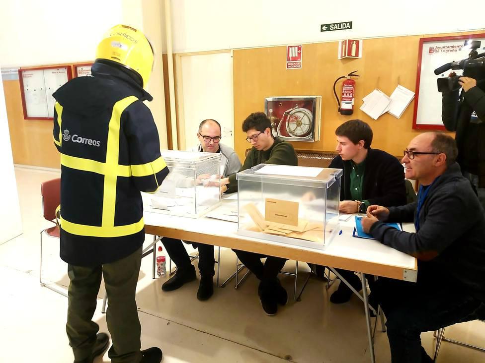 Correos entrega los 6.444 votos custodiados en La Rioja