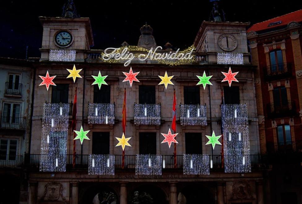 Decoración de la fachada del Ayuntamiento de Burgos