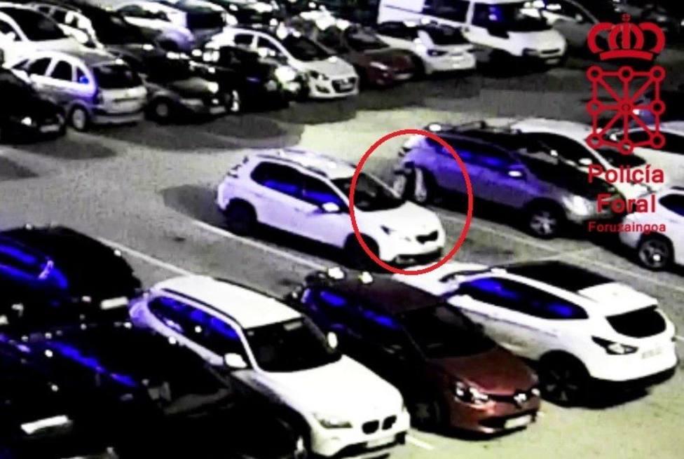 Detenido por rayar el coche de una conductora con la que habia discutido en un parking