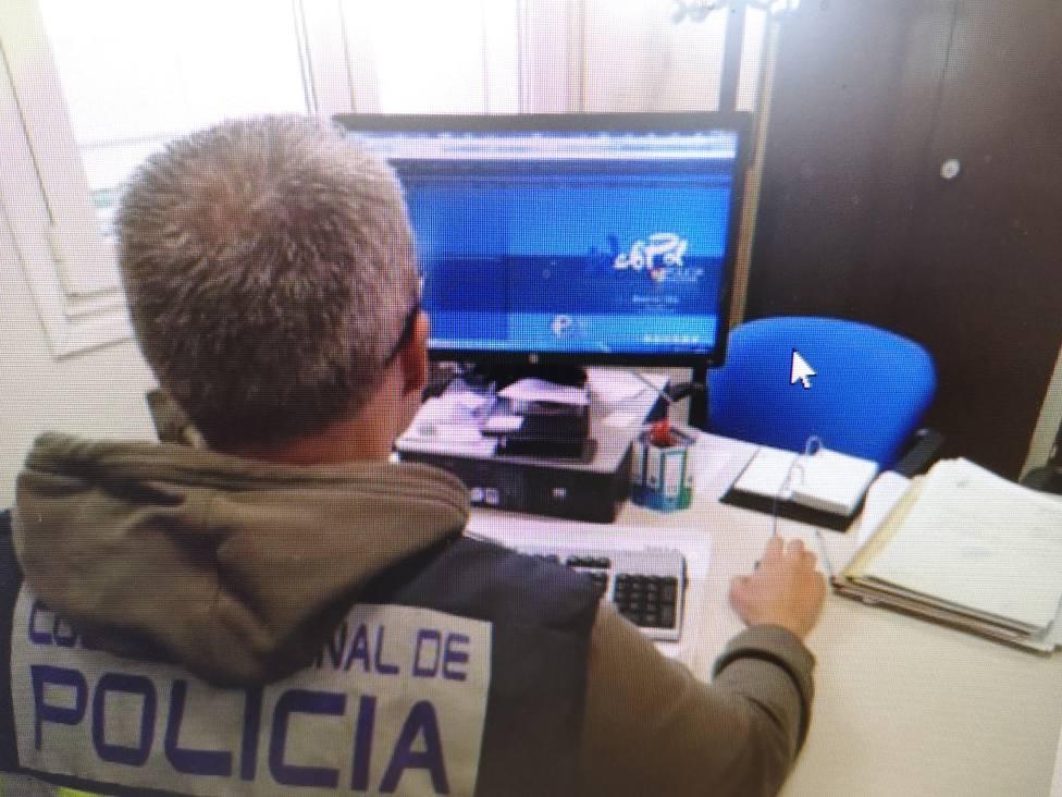 Agente de la Comisaría Provincial de Lugo especializado en delitos por Internet