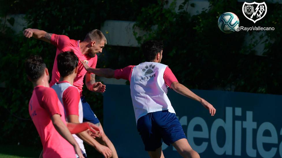 Imagen del entrenamiento del Rayo de este miércoles, difundida por el club (@RayoVallecano)