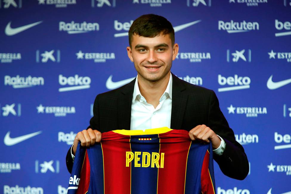 Pedri, presentado como nuevo jugador del Barcelona (EFE)