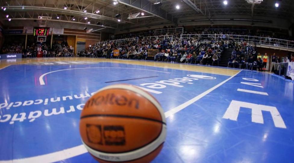El Oviedo Baloncesto, pendiente del aforo que tendrá en la nueva temporada