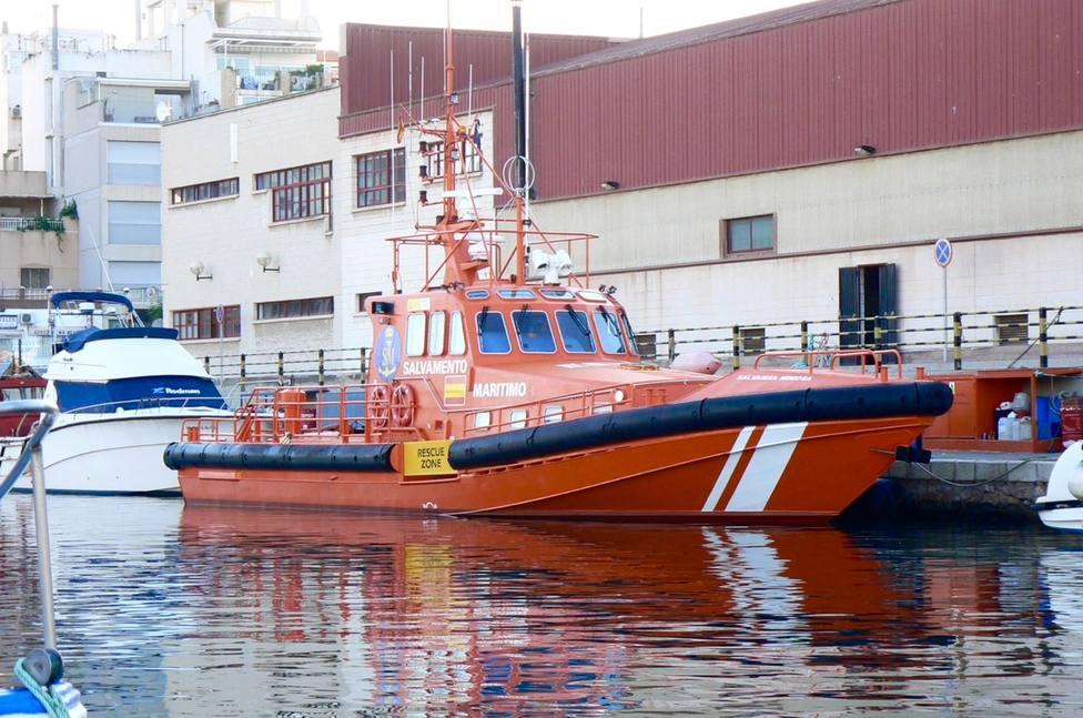 Salvamento Marítimo evacua al Puerto de Cartagena a dos pescadores