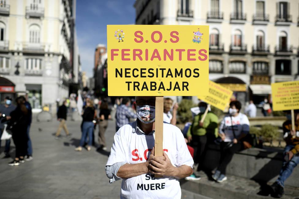 Los feriantes de Madrid piden volver a trabajar para no tener que recurrir a Cáritas