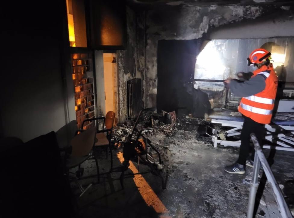 Sucesos.- Un incendio en un geriátrico de Manresa (Barcelona) deja siete hospitalizados leves