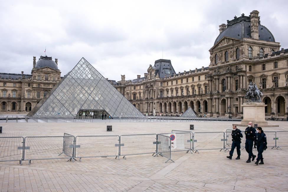 Francia supera los 106.000 fallecidos por la covid-19 tras sumar 250 más este viernes