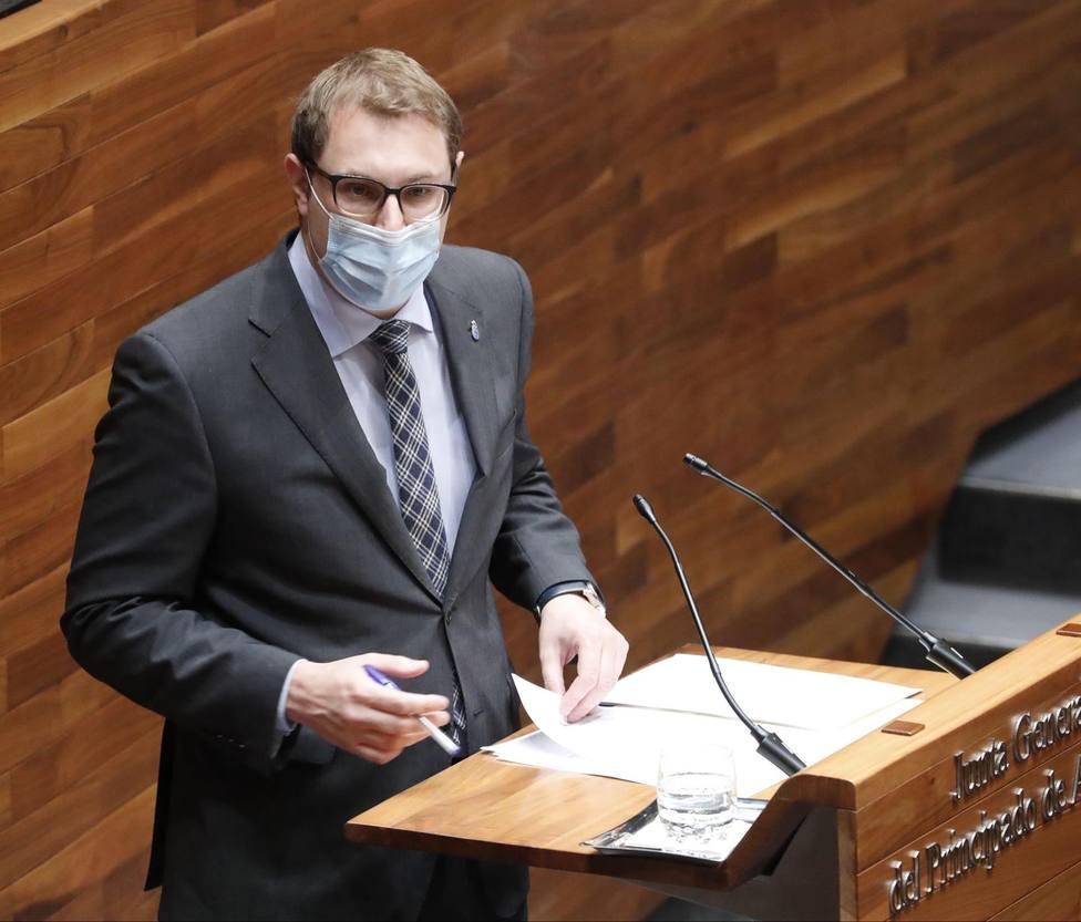 El portavoz de Foro Asturias en la Junta General del Principado denuncia esperas de más de 10 minutos