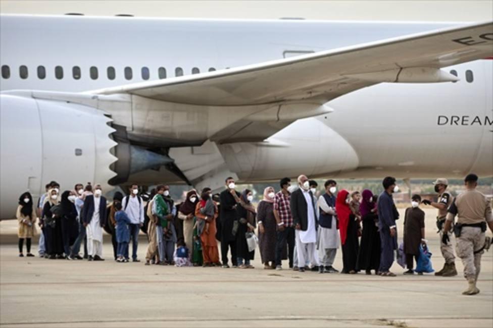 Más de 80 colaboradores afganos llegarán esta noche a Torrejón y mañana lo harán otros 150