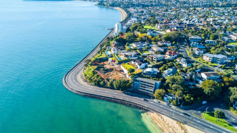 El Parlamento de Nueva Zelanda prohíbe que los extranjeros compren viviendas
