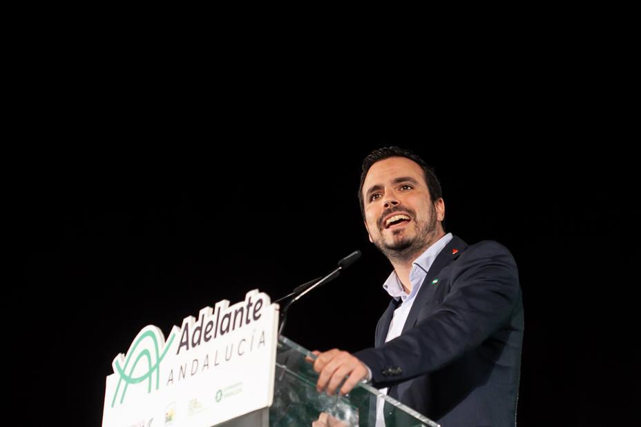 Garzón: La extrema derecha pondrá la ideología y PP y Cs los sillones